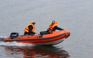 Лодка Навигатор 380R PRO: доступные комплектации, характеристики, цены у дилеров и отзывы потребителей