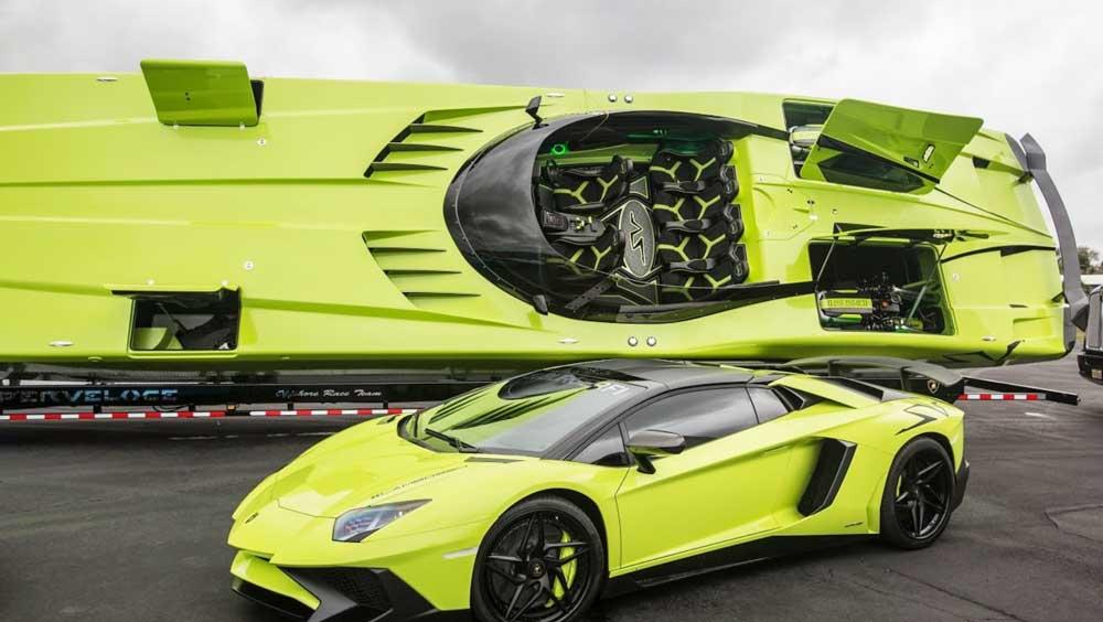 Катер и автомобиль Lamborghini