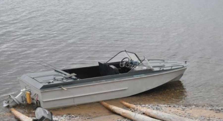Лодка Амур-3