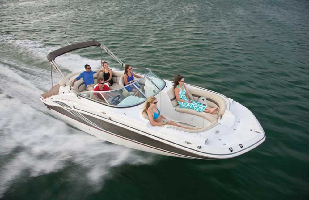 Прогулочные катера класса Bowrider