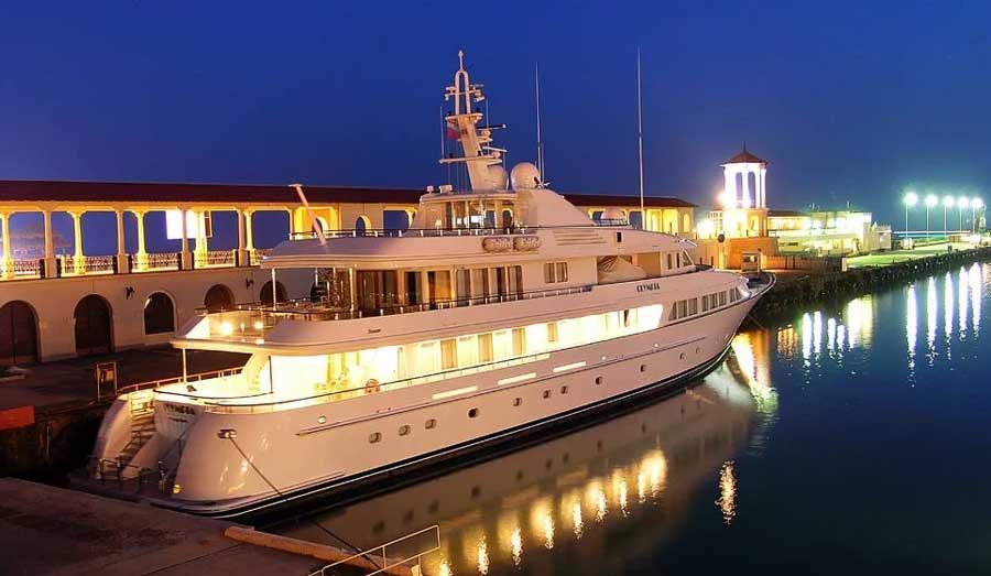 Putin's yacht Olympia