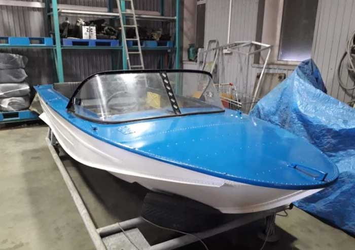 Новая лодка Днепр
