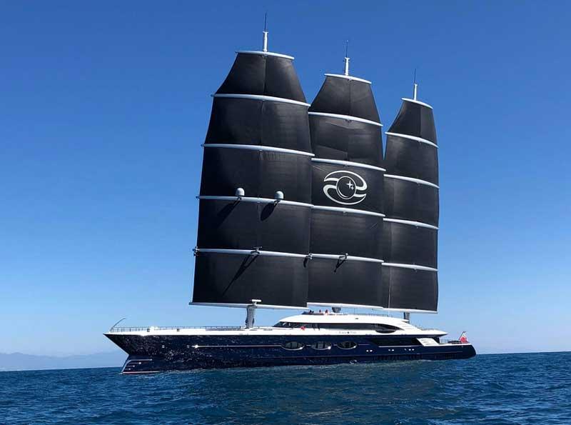 Яхта Black Pearl Олега Бурлакова