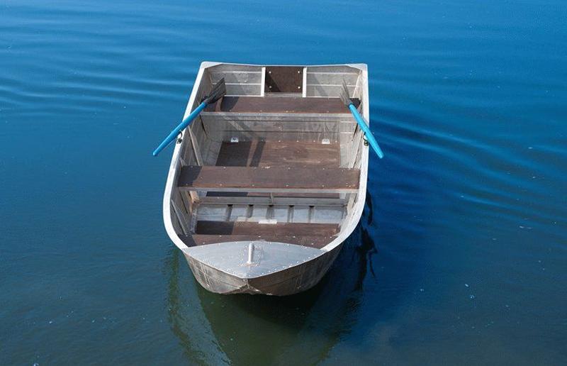 Алюминиевая лодка для рыбалки Вятка Профи-32