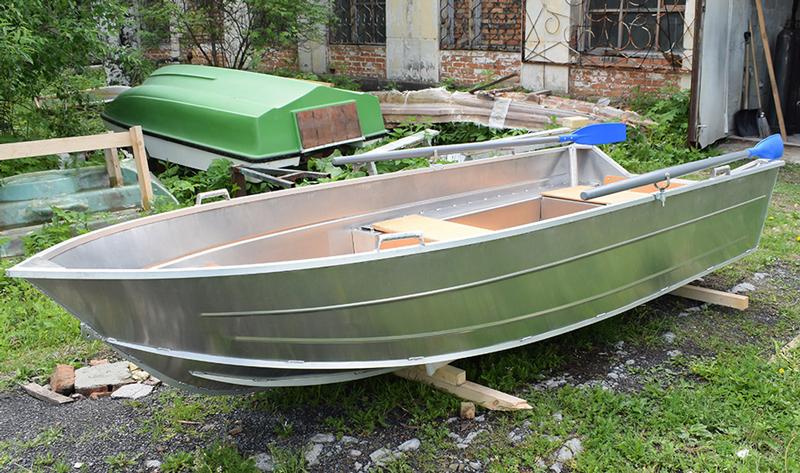Лодка ВИЗА Алюмакс 355