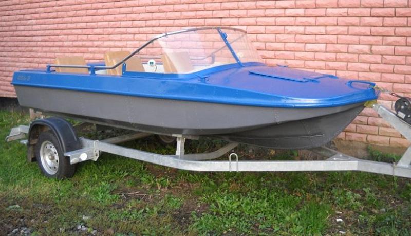 Лодка Обь-3