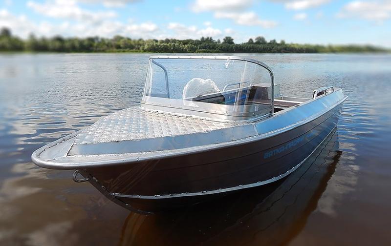 Алюминиевая лодка Вятка профи 40