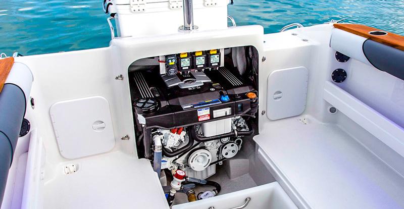 Мотор на яхту