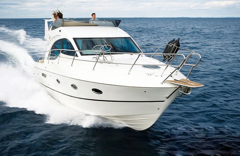 Яхта Galeon 390 Fly