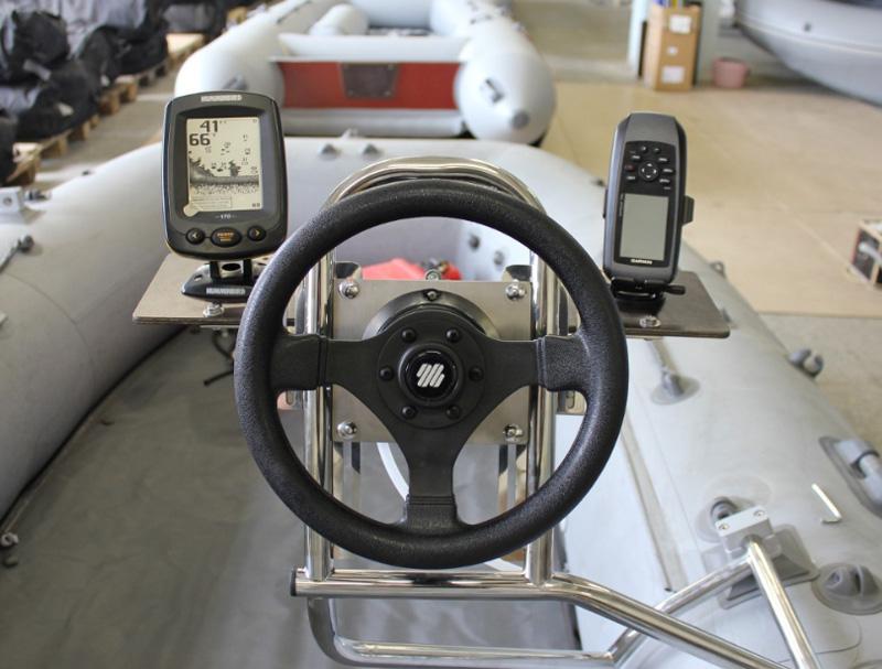 Мобильное рулевое управление для лодки ПВХ